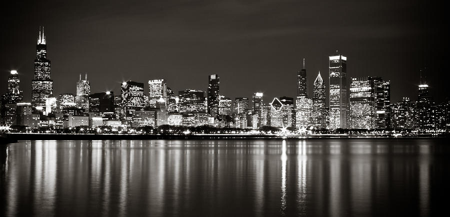 chicago-skyline--black-and-white-anthony-doudt