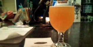 Cantillon Fou' Foune. It's apricot.