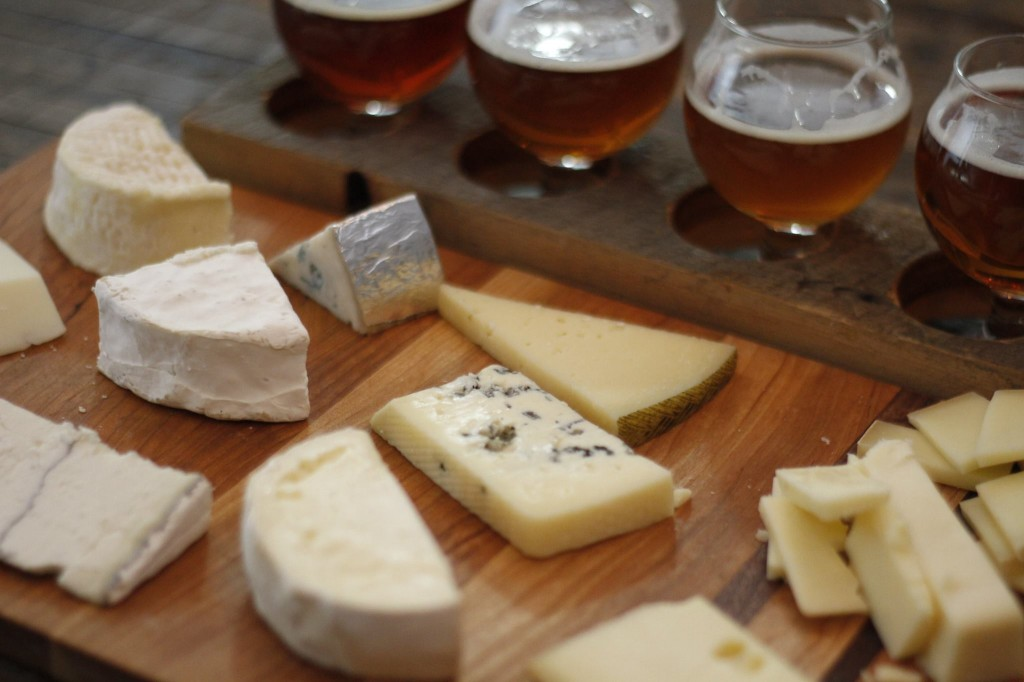 a cheese peddler and bsb - beer and cheese pairing - dbb - 08-13-14