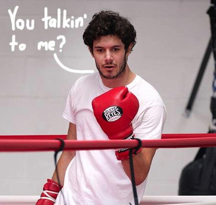 adam-brody-gets-in-the-boxing-ring-for-some-exercise__oPt