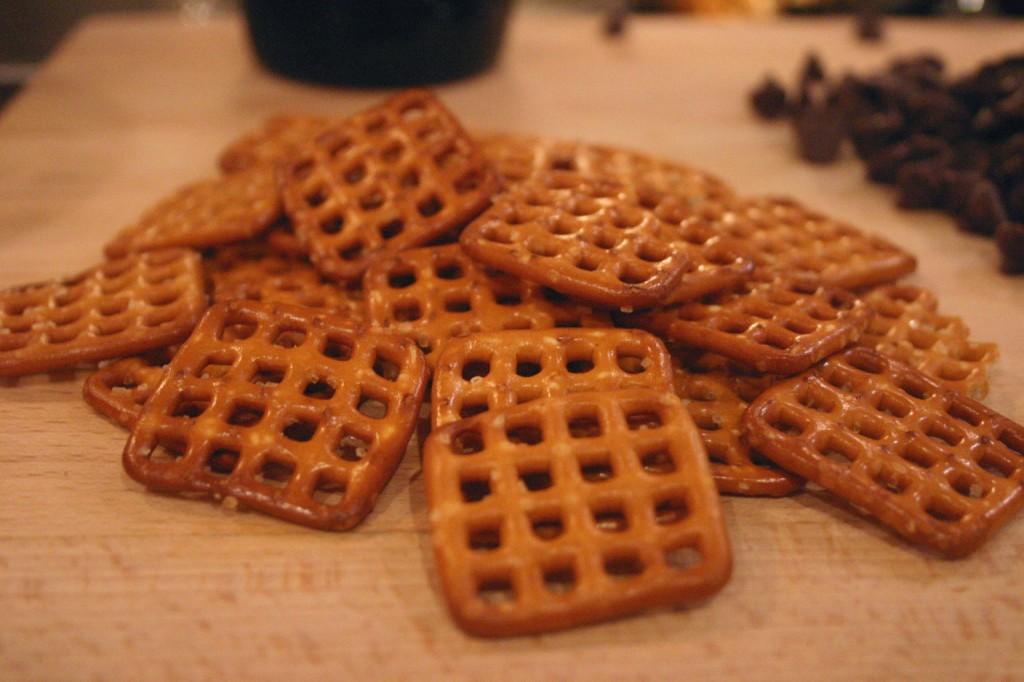 Chocolate Pretzel Pie