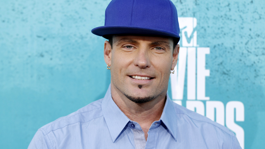 Singer Vanilla Ice arrives at the 2012 MTV Movie Awards in Los Angeles