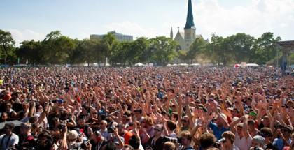 pitchfork-union-park-crowd-francis-chung