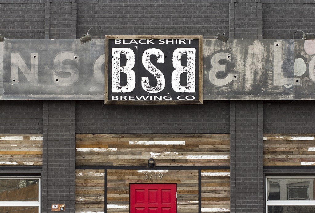 black shirt brewing exterior
