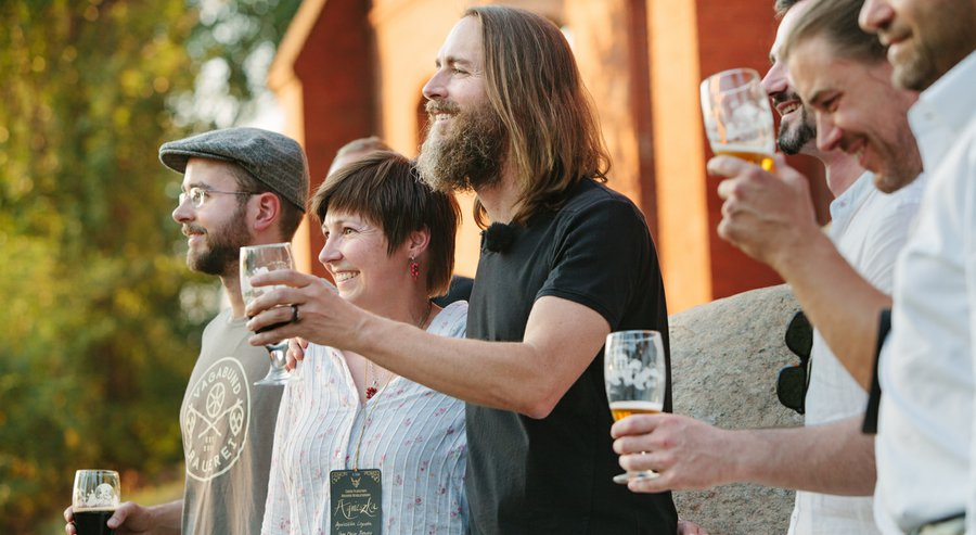 Stone Brewing says no to big beer