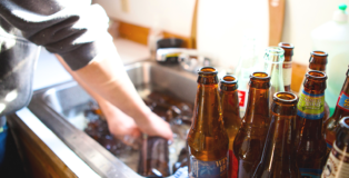 Cleaning-and-sanitizing-homebrew-bottles