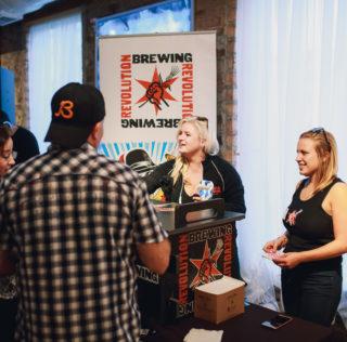 Wedtoberfest Combines Wedding Show with Beer Festival