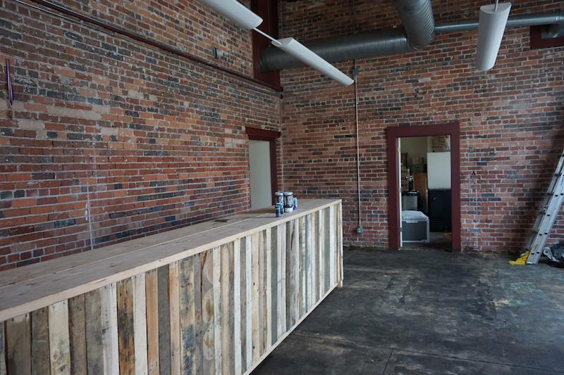 14er Brewing's Popup Tasting Room & Beer Sales To-Go