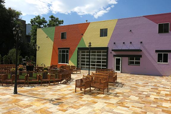 Liberati Osteria & Oenobeers Courtyard.