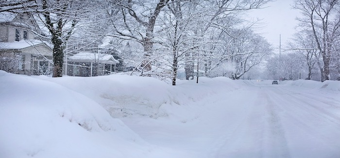 Ultimate 6er   Snowed-In in Michigan