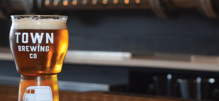Oktoberfest Beer Showcase | Town Brewing Rathaus Festbier Lager