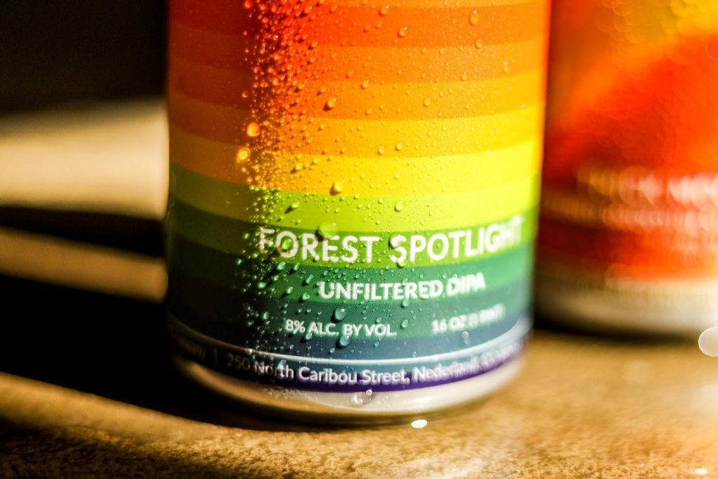 Knotted Root Forest Spotlight can graphic