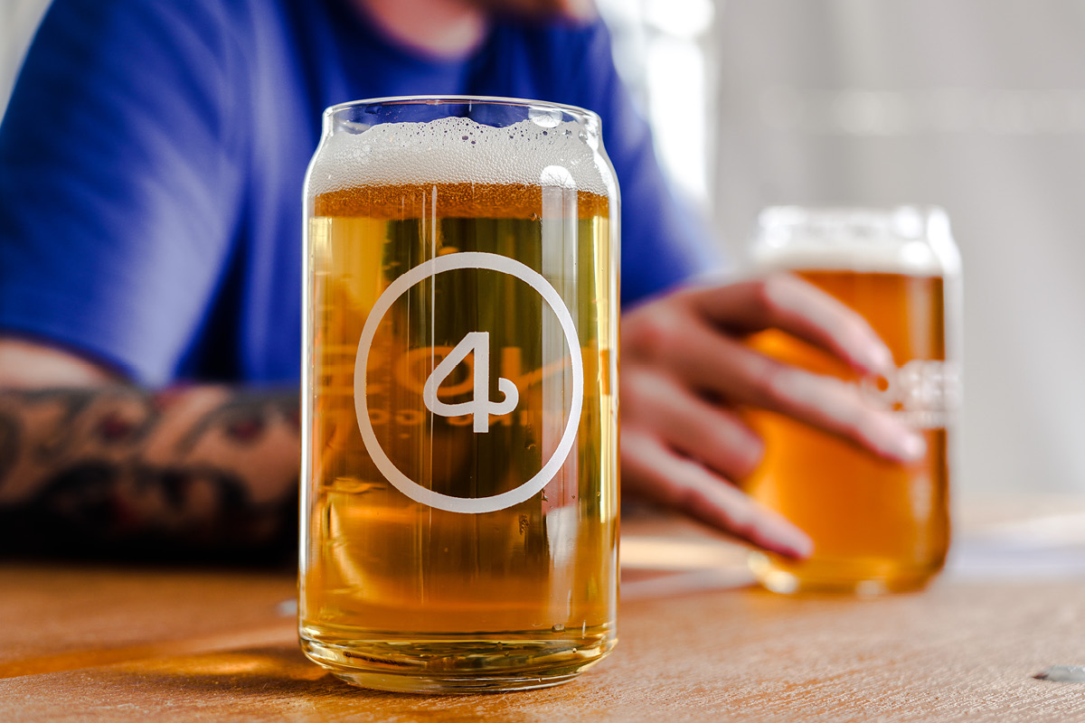 26 + 4 = HELLES collaboration beer 4 Noses & Station 26