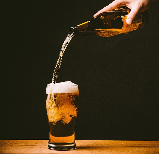 Beer Pour with foam